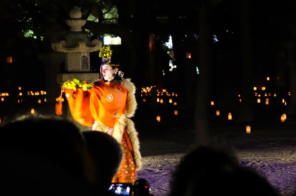 西宮神社 えびす万灯燈 原笙会 舞楽の様子